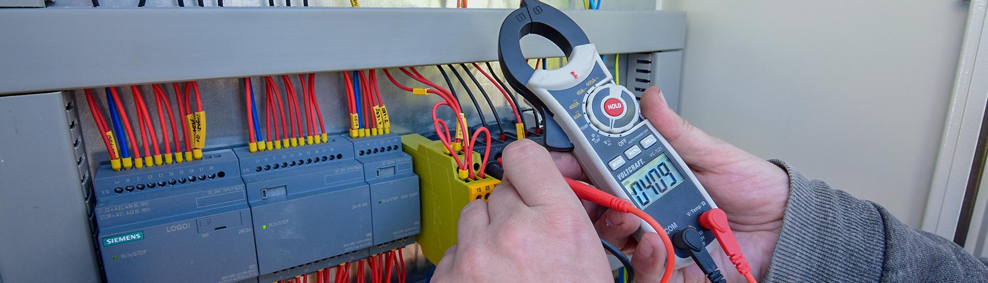 Provozní elektrikář - elektronik